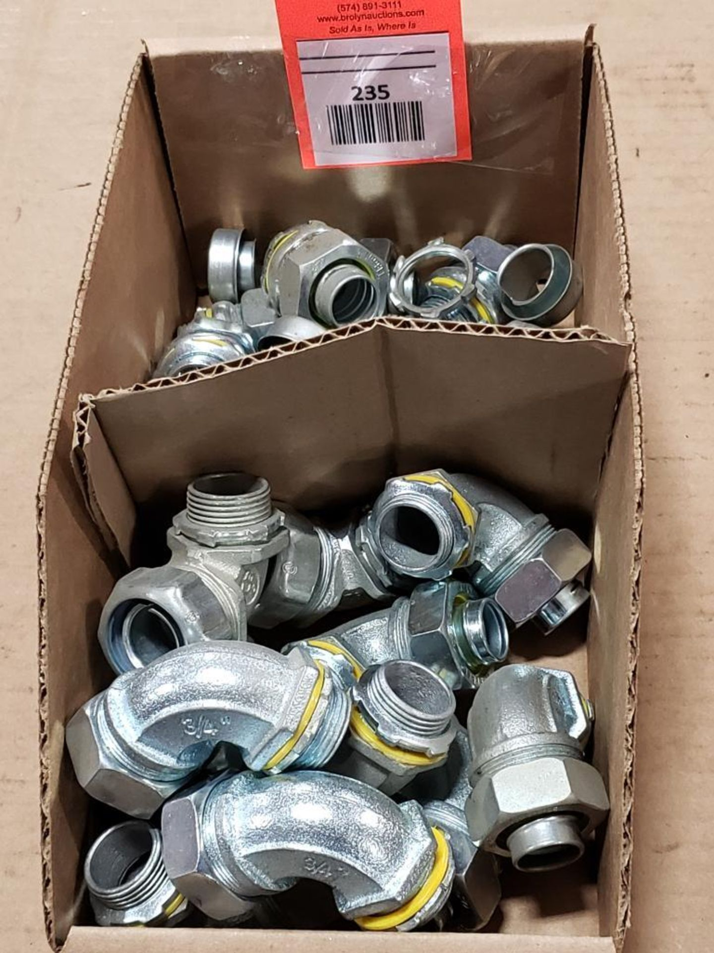 """Lg Qty of Hubbell Liquid Tight hose Fittings. 3/4"""" Elbows and straight fittings."""