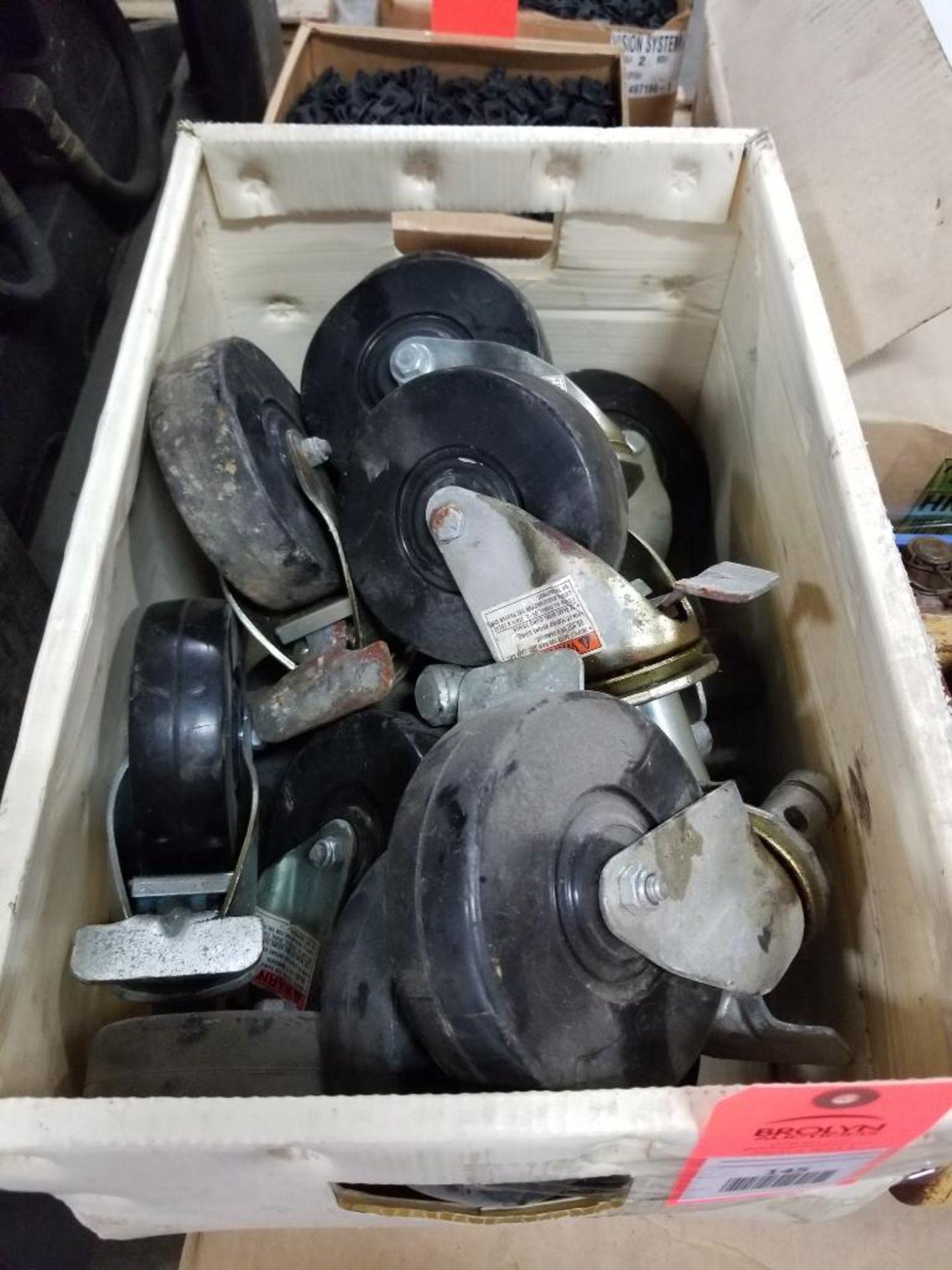 Assortment of roller wheels.