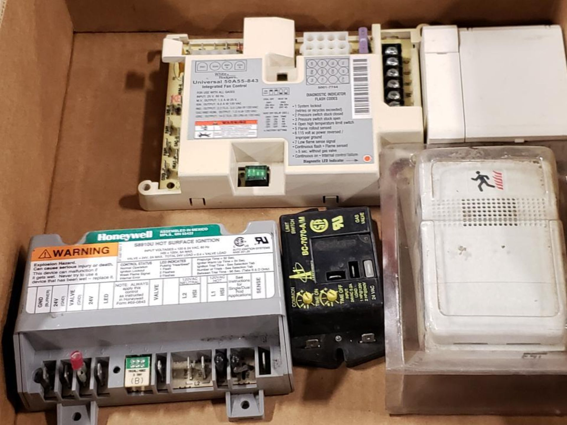 Qty 5 - Assorted electrical. Honeywell, White-Rodgers, A-1 Components.