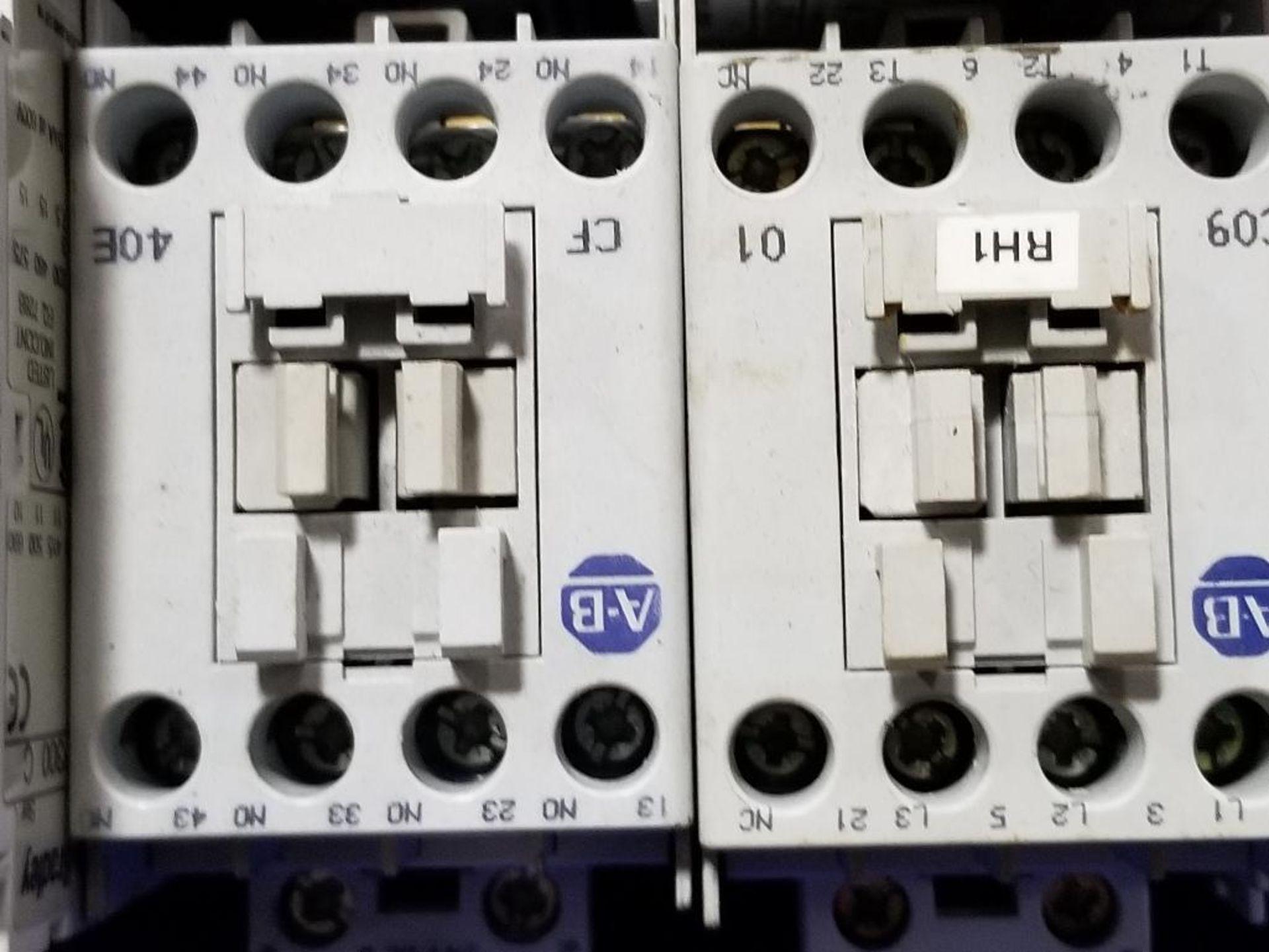 Assorted electrical contactors. Allen Bradley. - Image 4 of 11