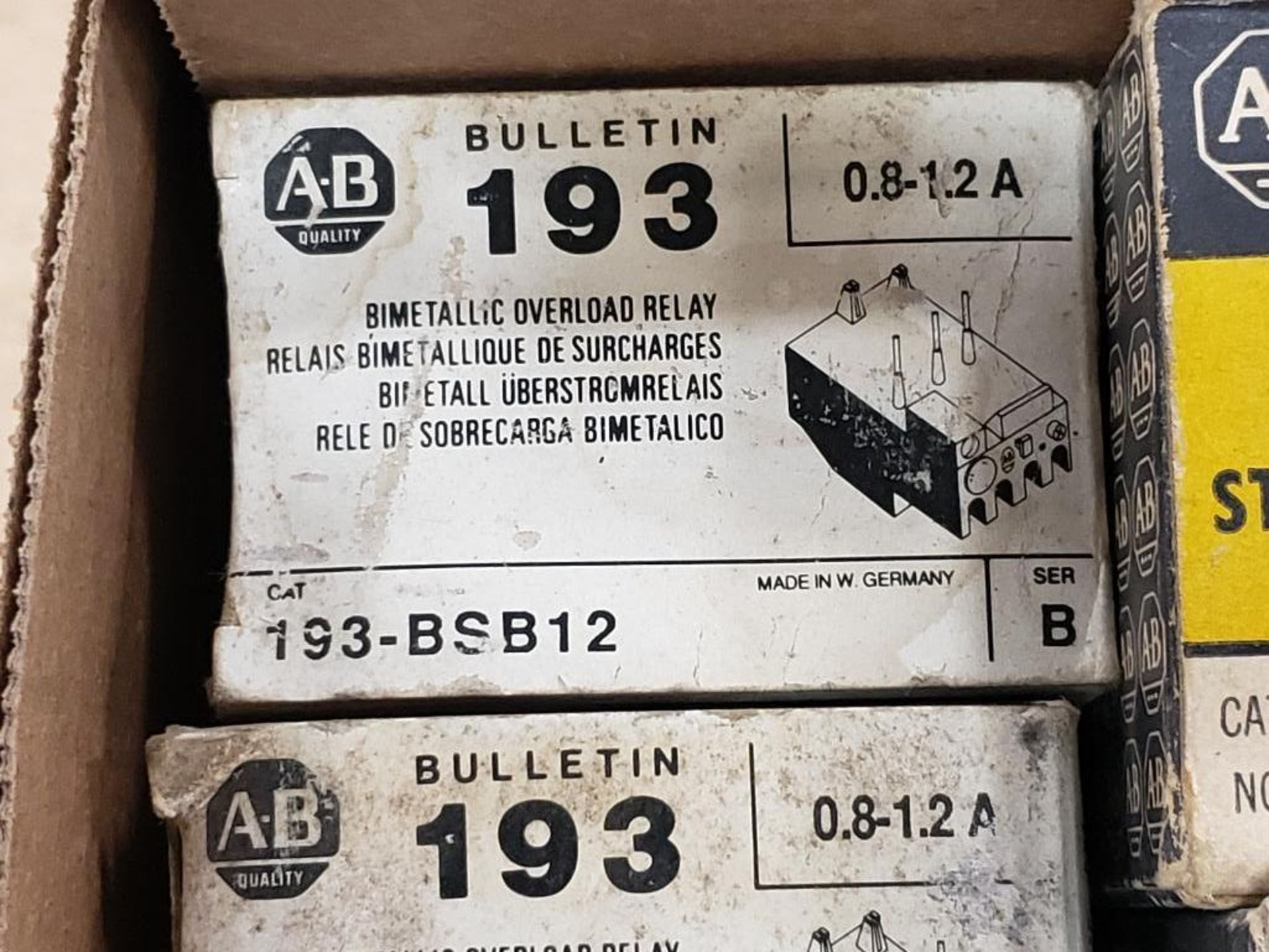 Assorted electrical relay, switches, contactor. Allen Bradley. - Image 15 of 15
