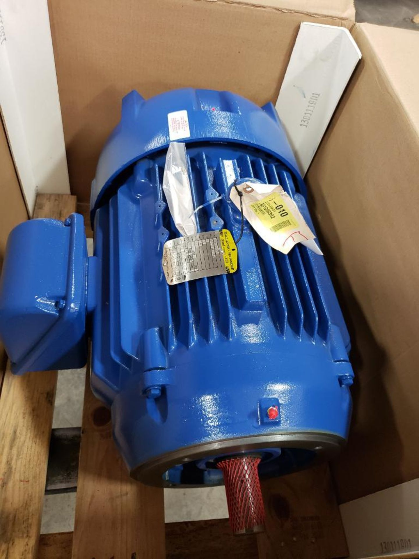 30HP Baldor Reliance 3PH motor. 2013000110. 575V, 3520RPM, 286TSC-Frame.