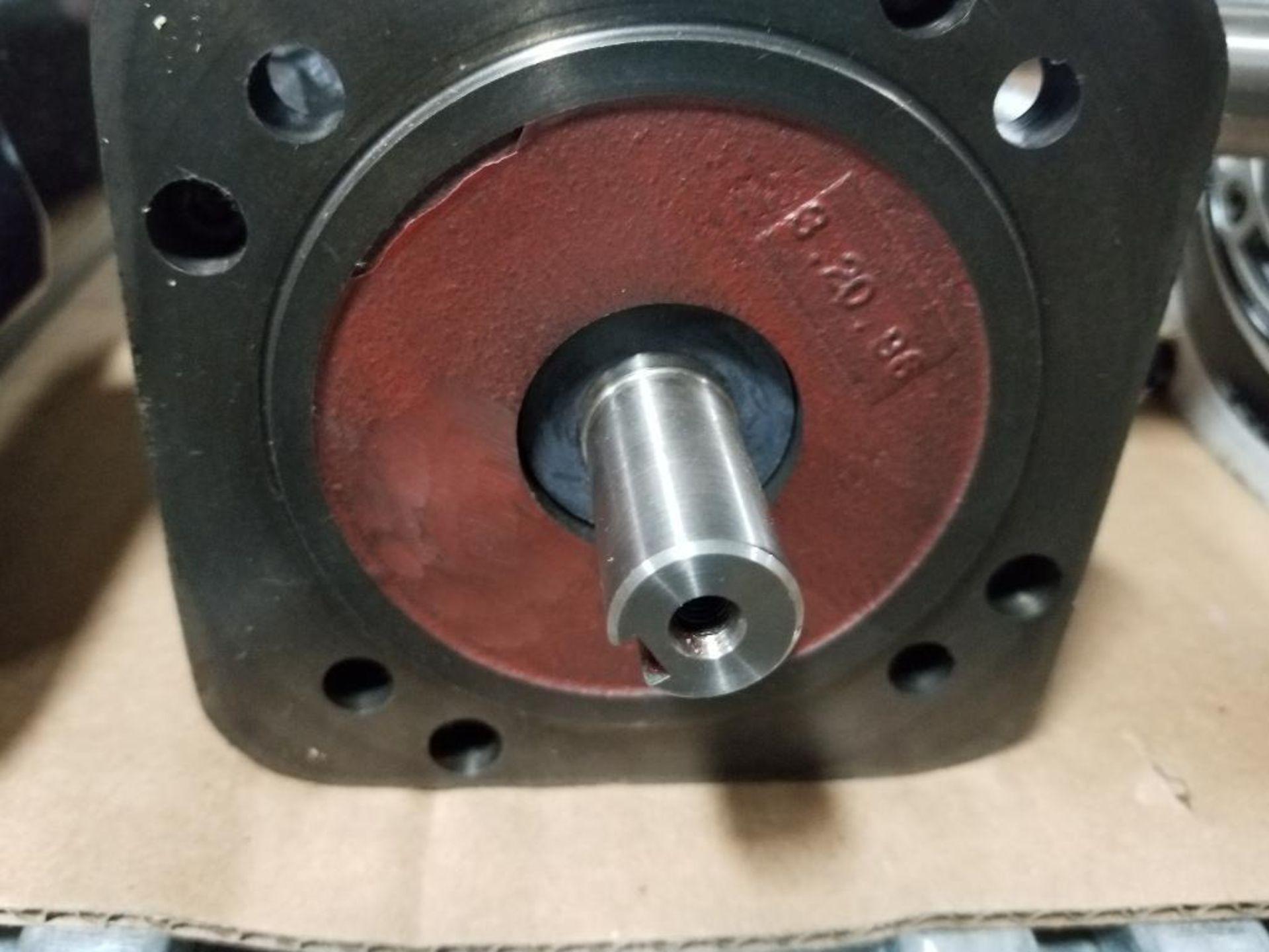 1kW Allen Bradley servo motor. Cat# 1326AB-B410G-21, Part# 155286, 5000RPM. - Image 2 of 6