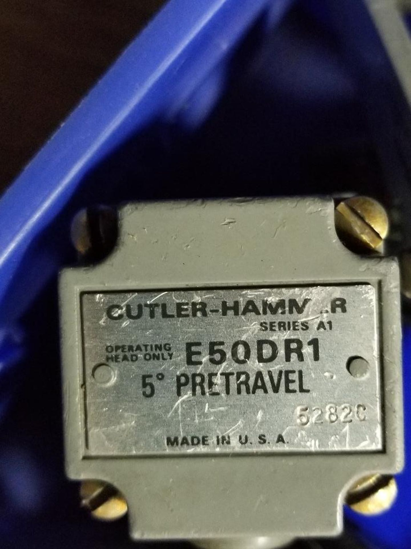 Assorted electrical limit switches. Cutler Hammer. - Image 3 of 9