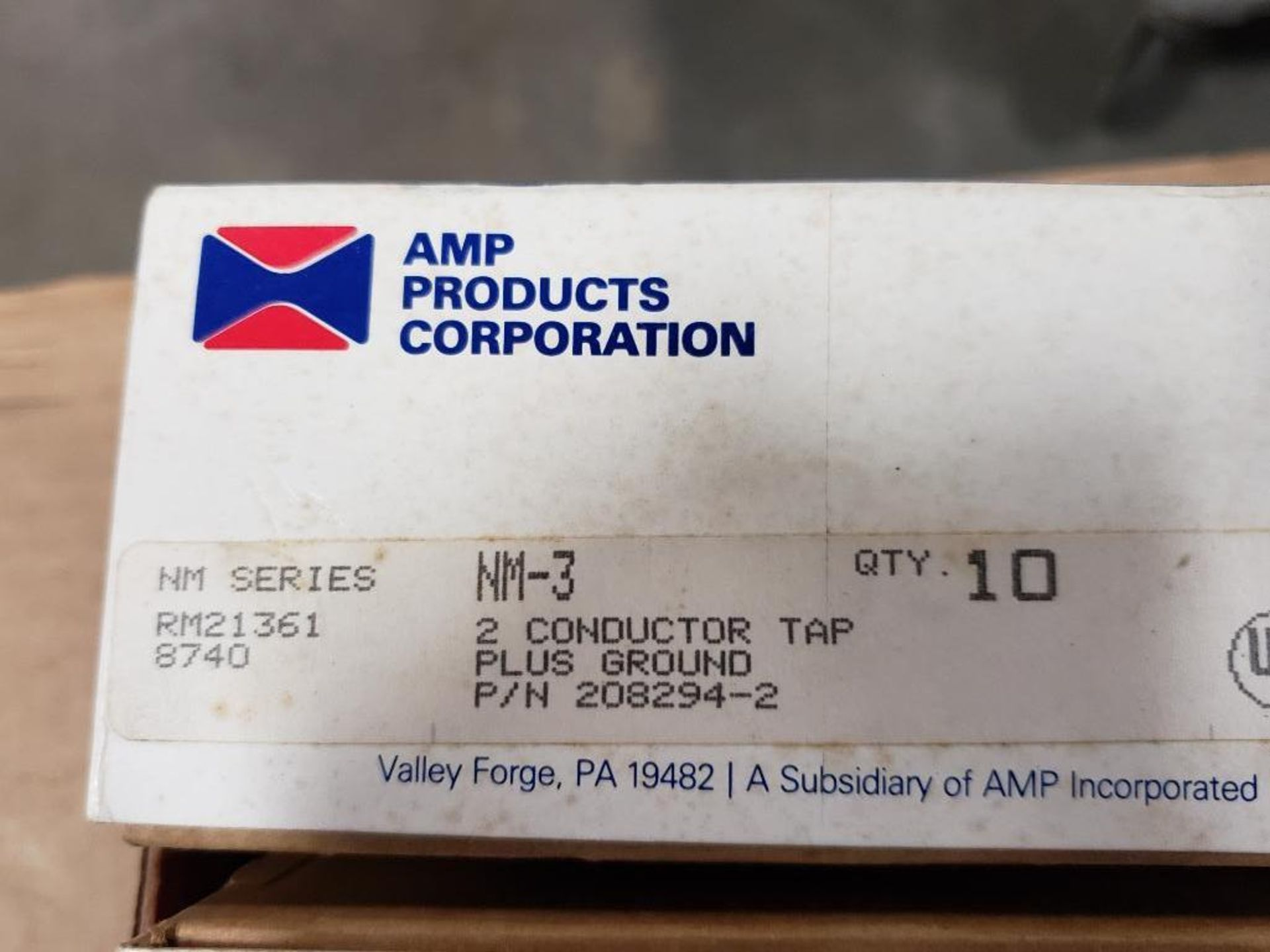 Assorted electrical breaker, conductor. AMP products, Eaton. - Image 7 of 8