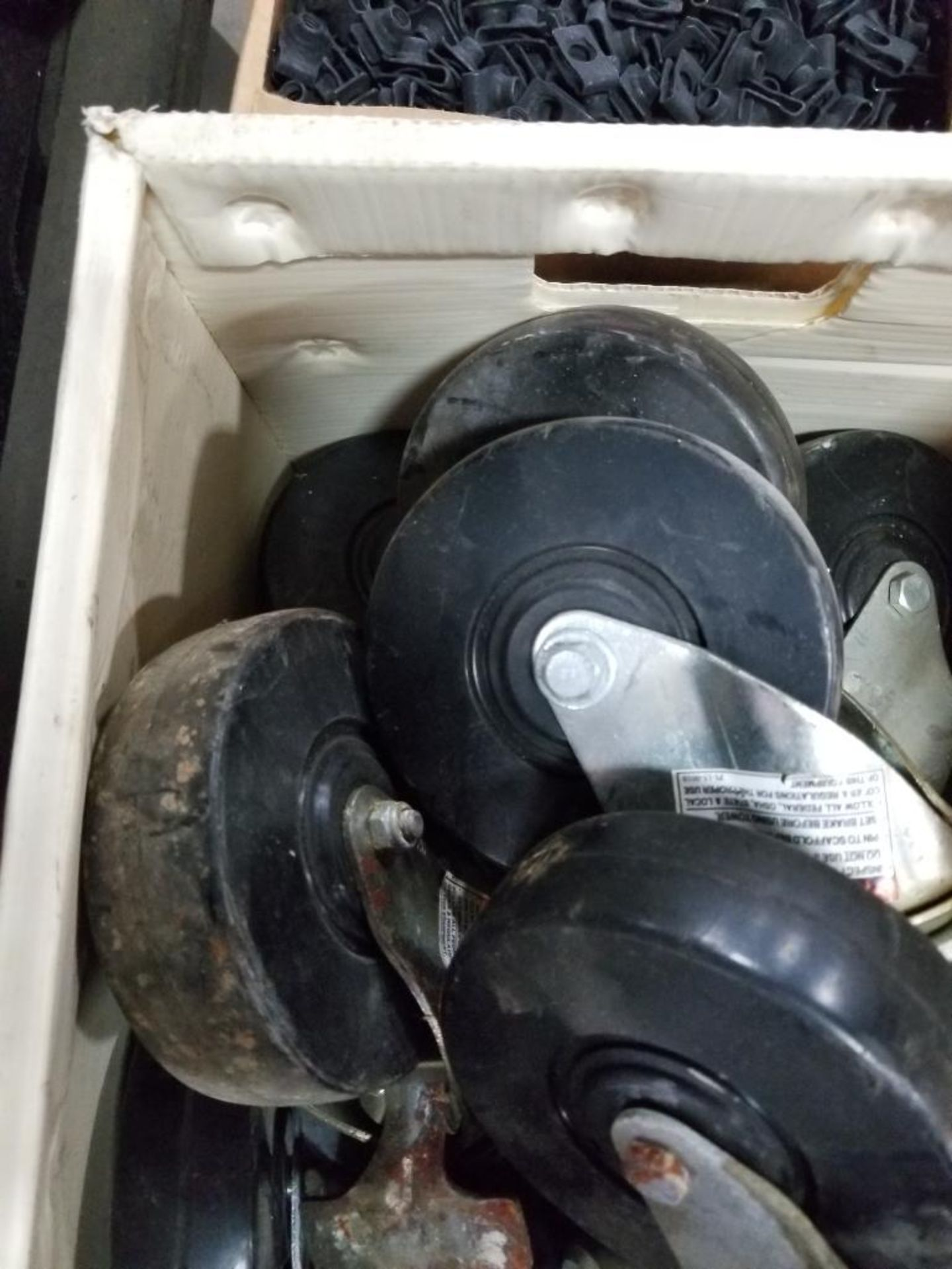 Assortment of roller wheels. - Image 3 of 6
