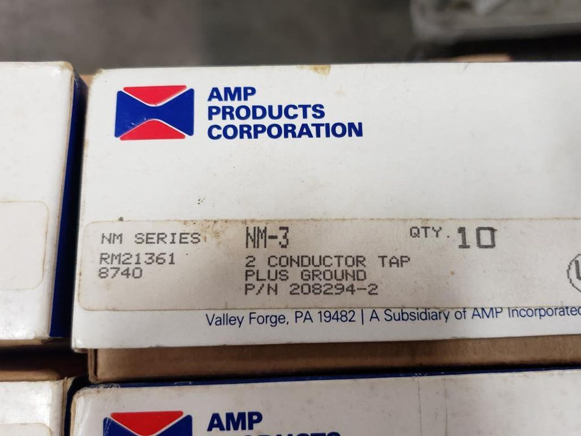 Assorted electrical breaker, conductor. AMP products, Eaton. - Image 5 of 8