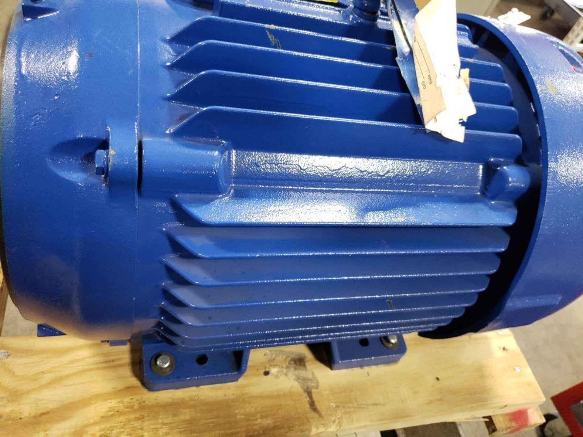 30HP Baldor Reliance 3PH motor. 2013000110. 575V, 3520RPM, 286TSC-Frame. - Image 9 of 12