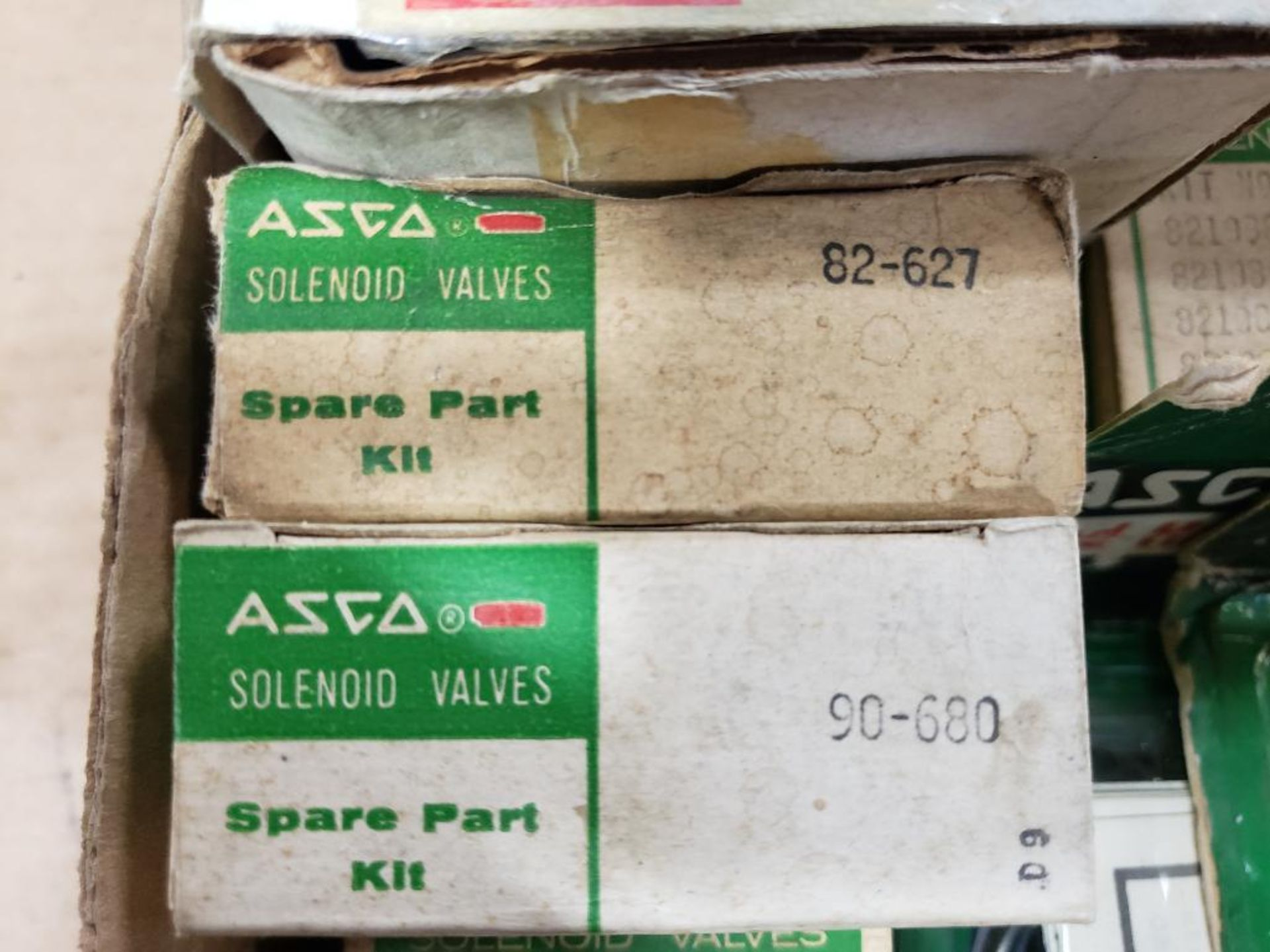 Assorted solenoid valves, and repair kits. Asco. - Image 3 of 15
