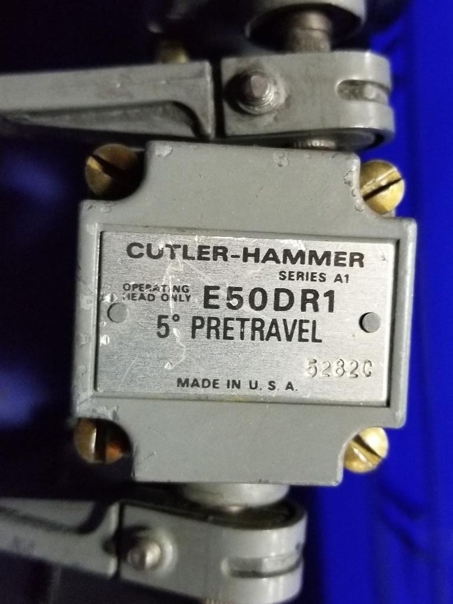 Assorted electrical limit switches. Cutler Hammer. - Image 5 of 9