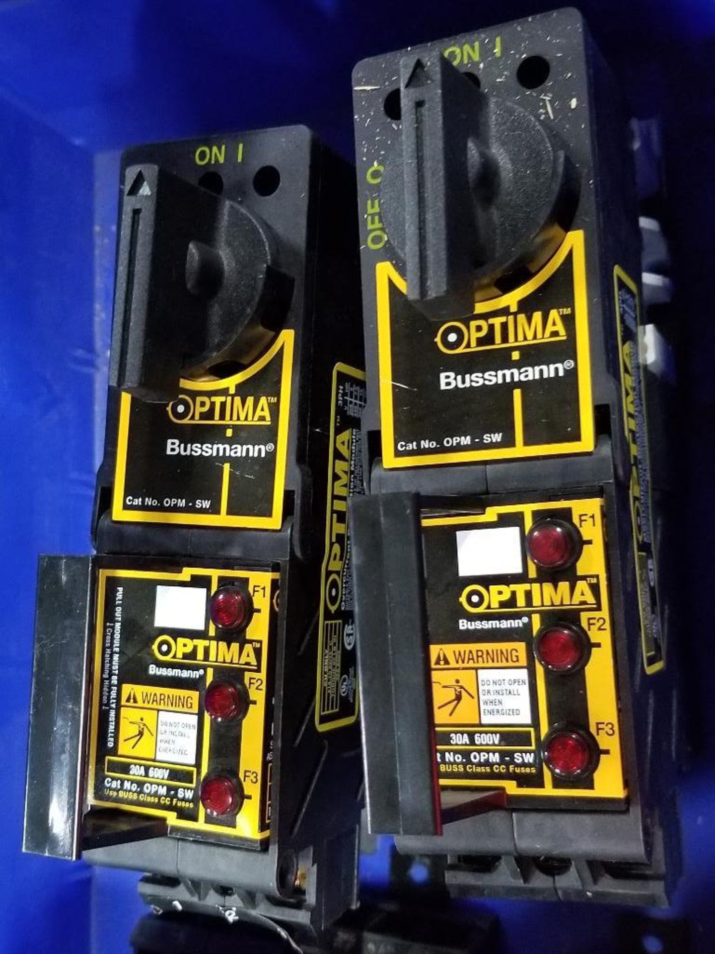 Assorted Bussmann Optima overcurrent protection module. - Image 4 of 7