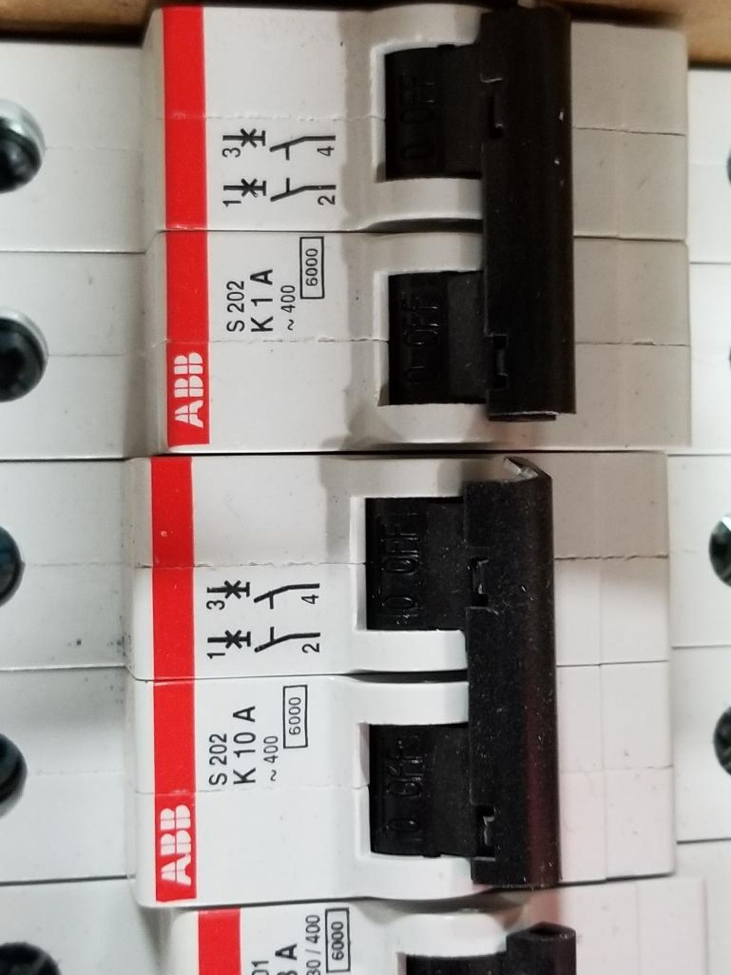Assorted electrical fuse holder and circuit breaker. Allen Bradley, ABB, Phoenix Contact. - Image 2 of 7