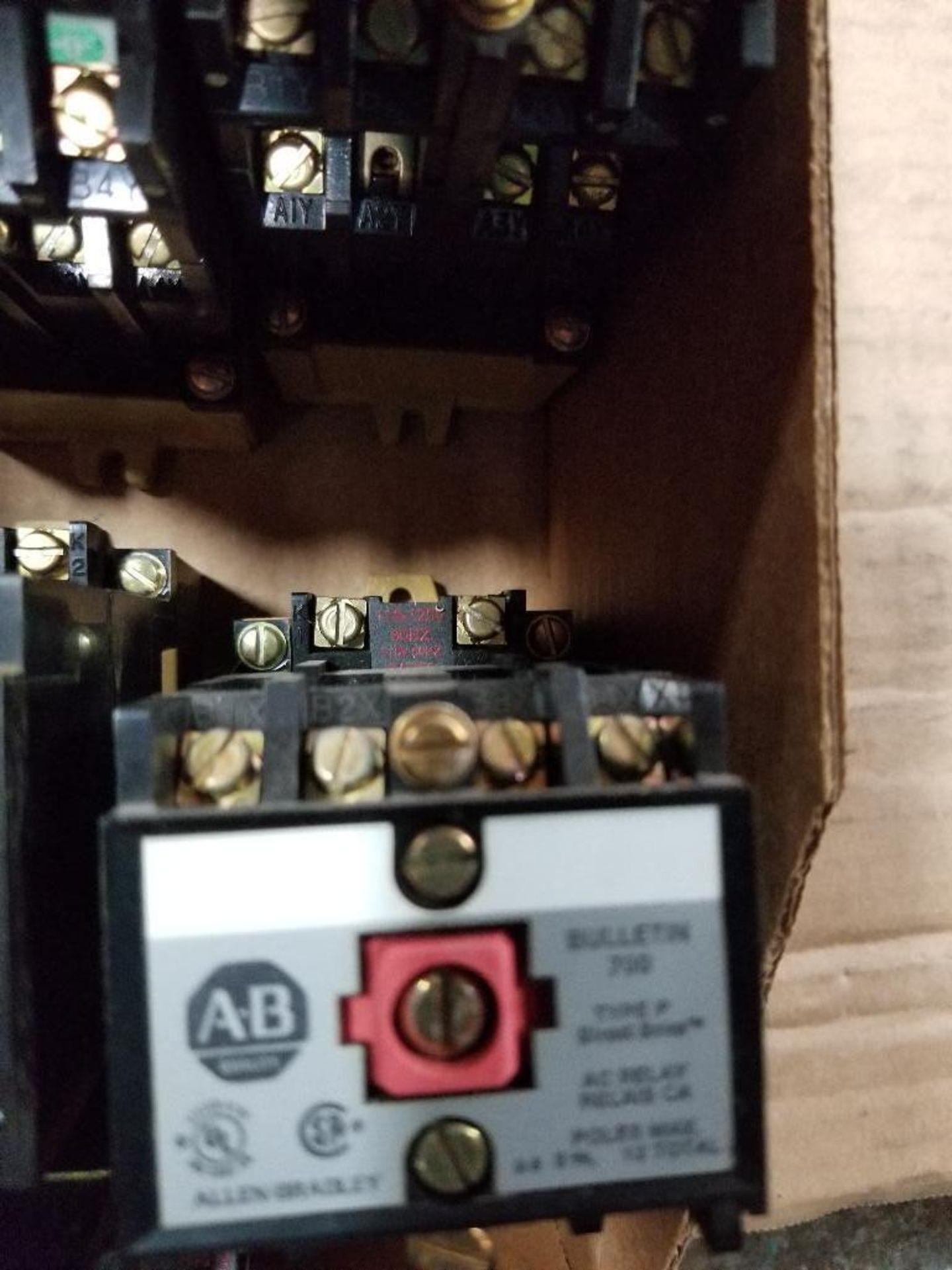 Assorted Allen Bradley contactor. - Image 5 of 8