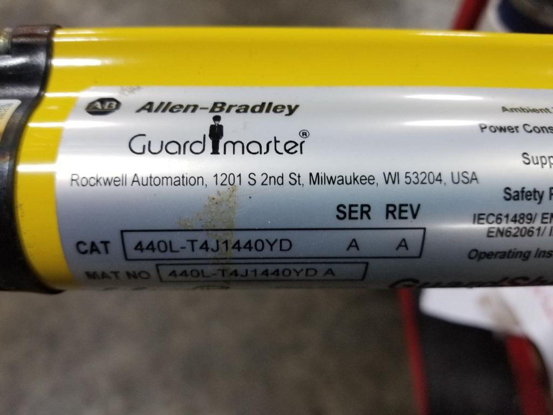 Allen Bradley Light curtain transmitter / receiver set. GuardMaster GuardShield T4J440YD 4K0AM1EF. - Image 13 of 23