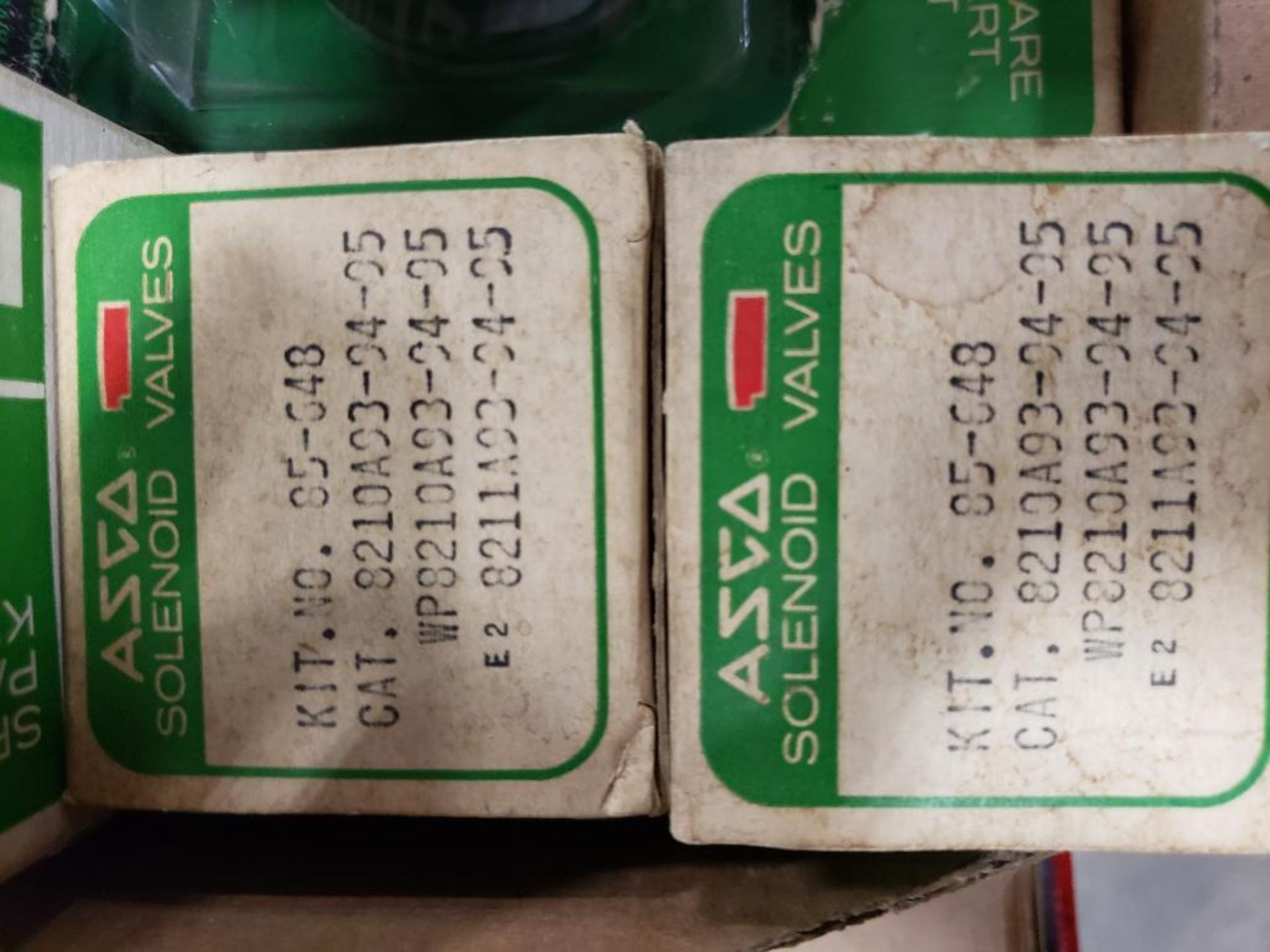 Assorted solenoid valves, and repair kits. Asco. - Image 2 of 15