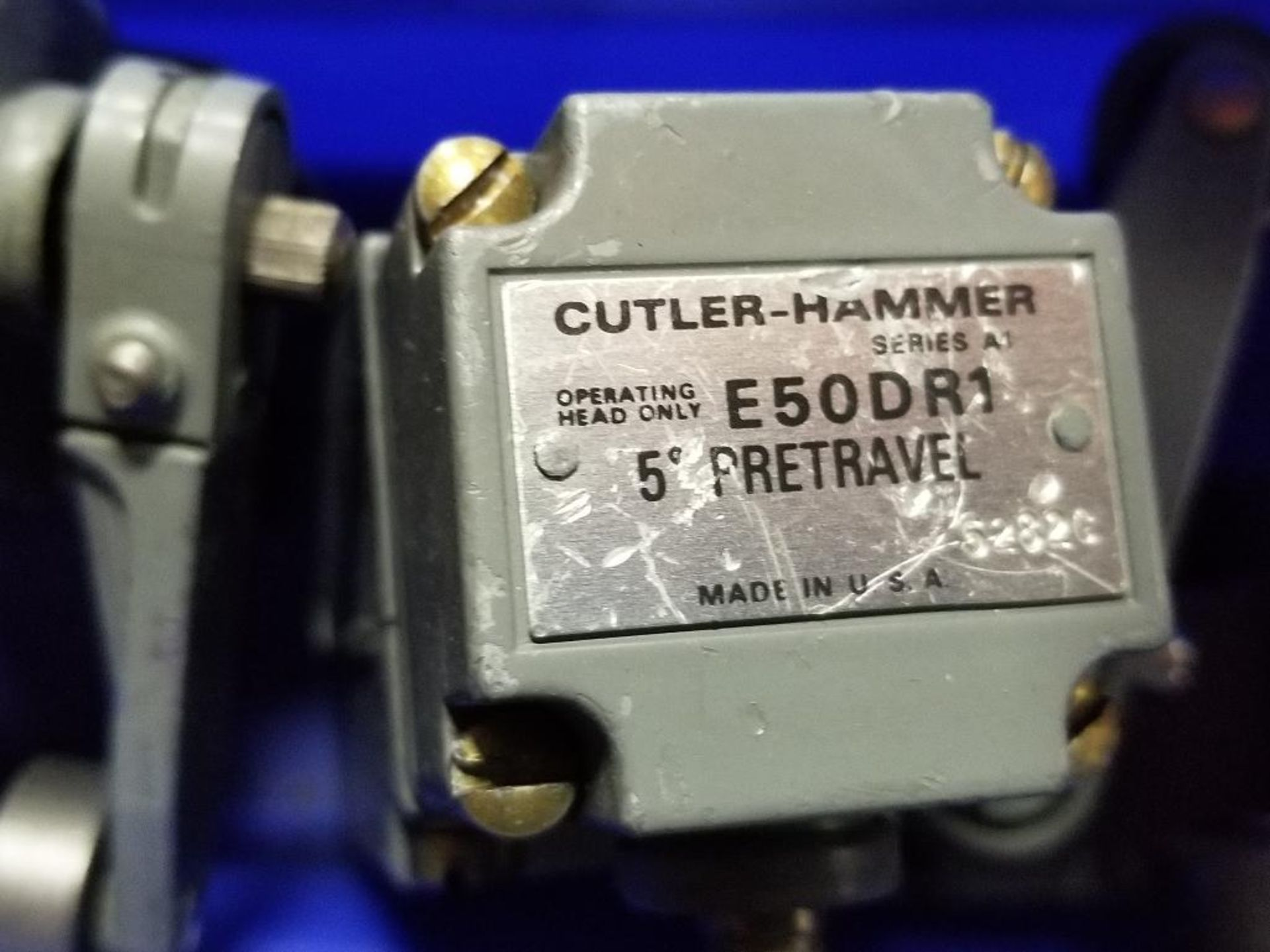 Assorted electrical limit switches. Cutler Hammer. - Image 6 of 9