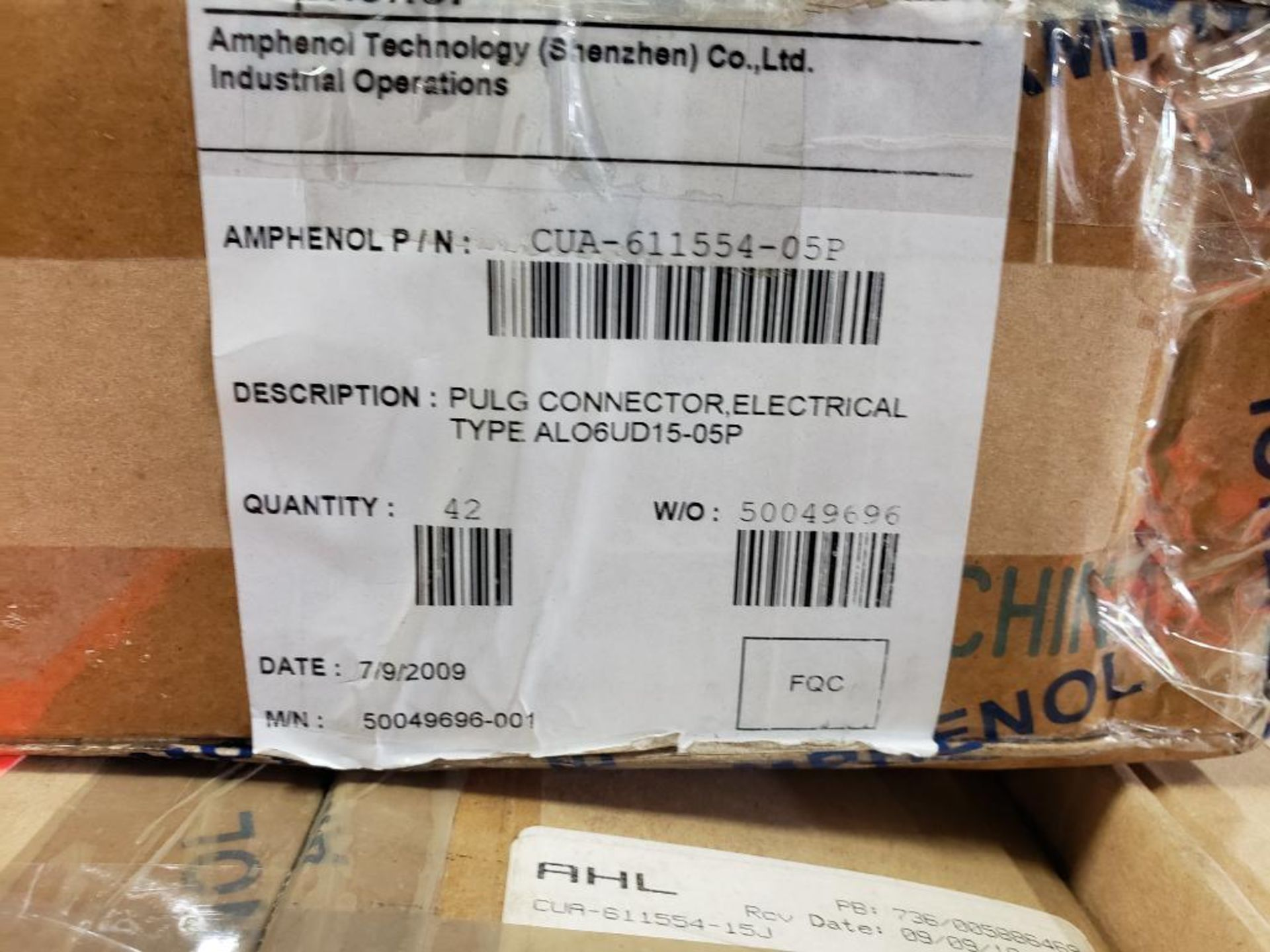 Qty 41 - Amphenol CUA-611554-05P plug connector. - Image 4 of 4