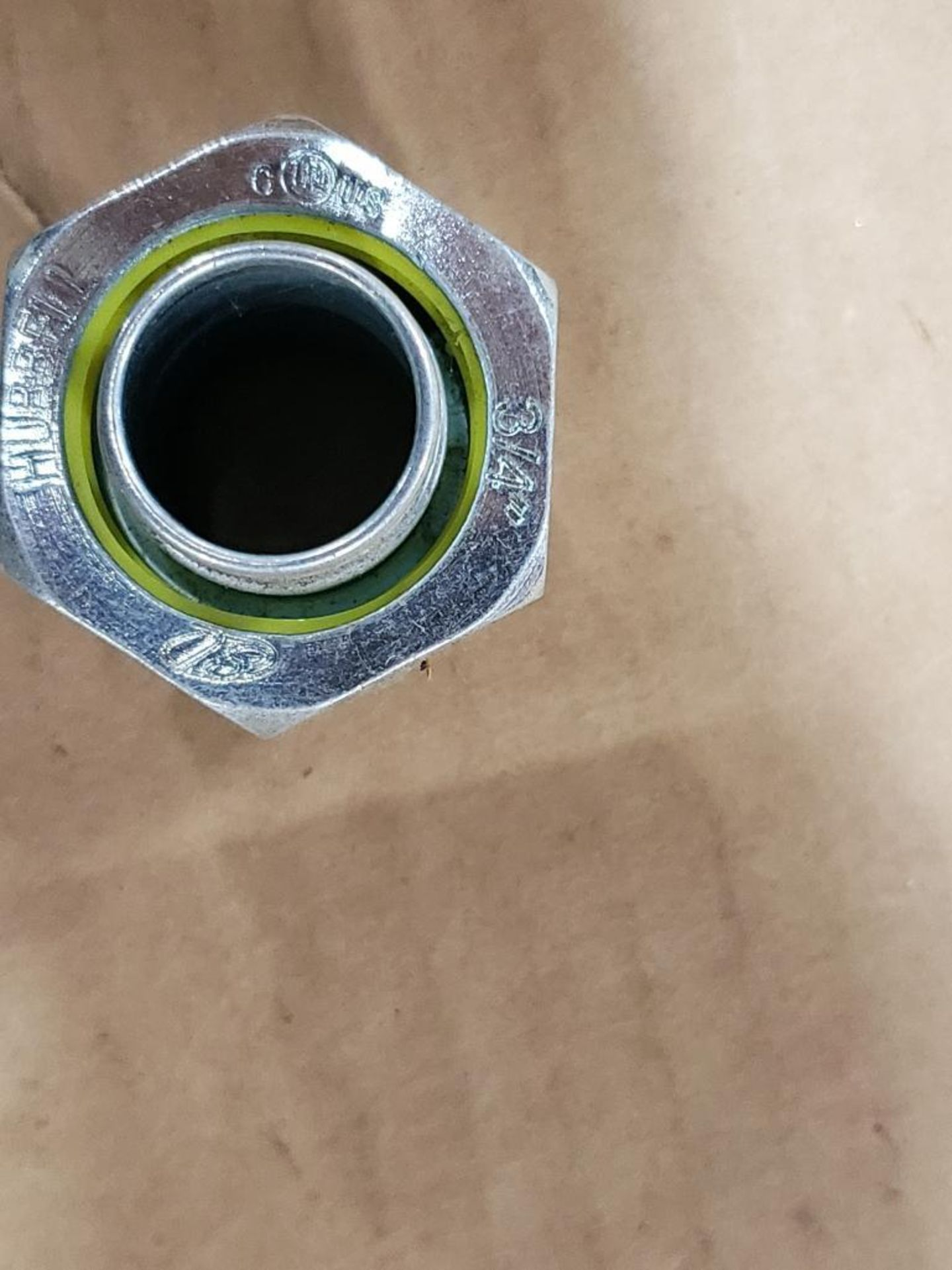 """Lg Qty of Hubbell Liquid Tight hose Fittings. 3/4"""" Elbows and straight fittings. - Image 5 of 6"""