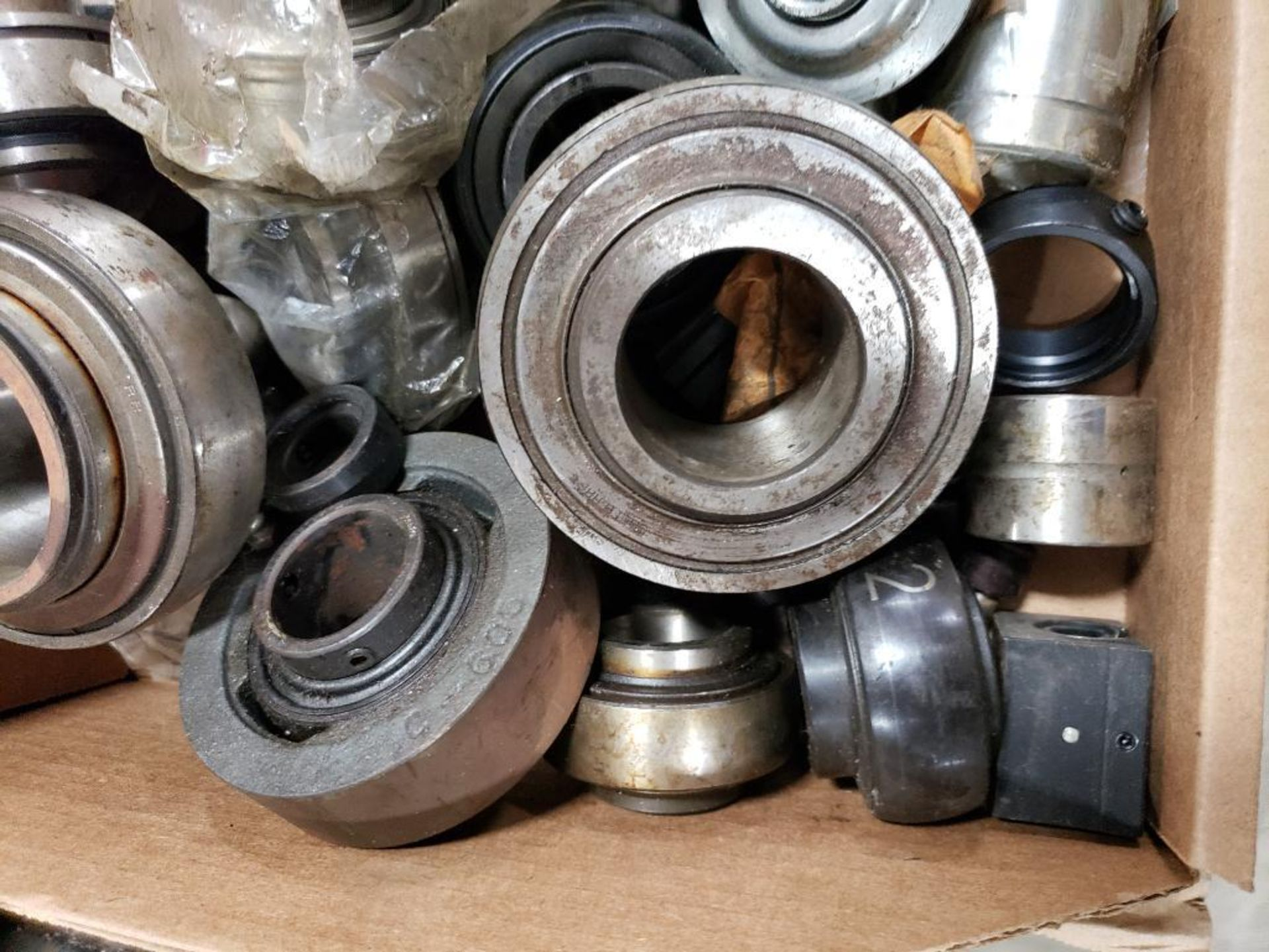 Assorted bearings. - Image 2 of 5