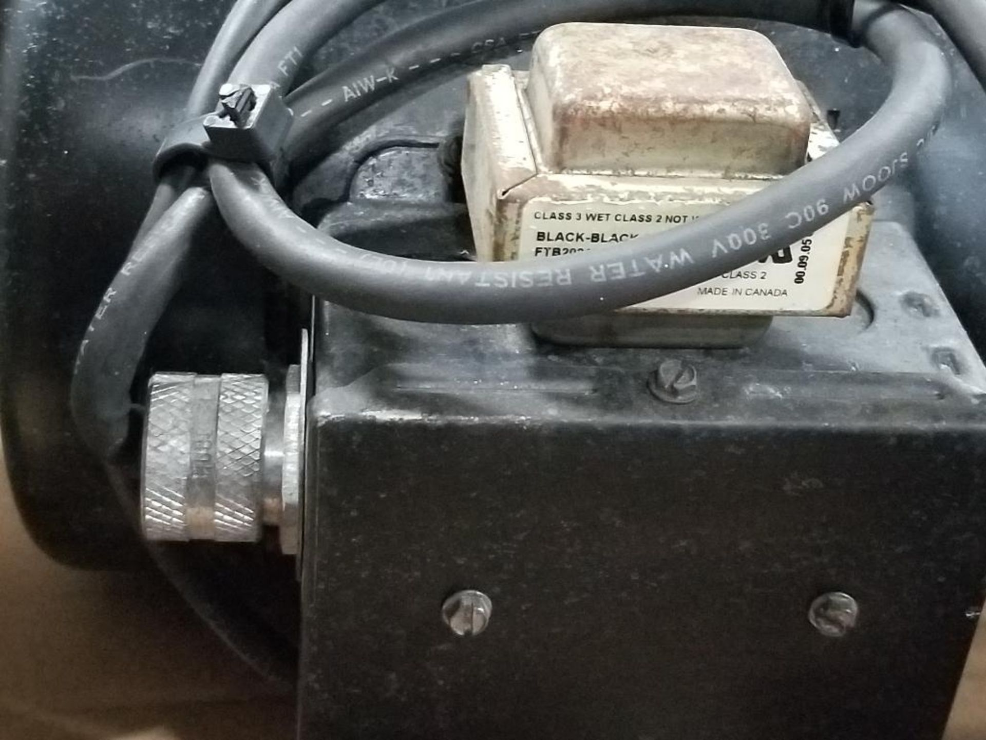 1/2HP Fenner Emerson 2975-BC pump motor. 1PH, 115/208-230V, 1725RPM. XE56CZ-Frame. - Image 2 of 5