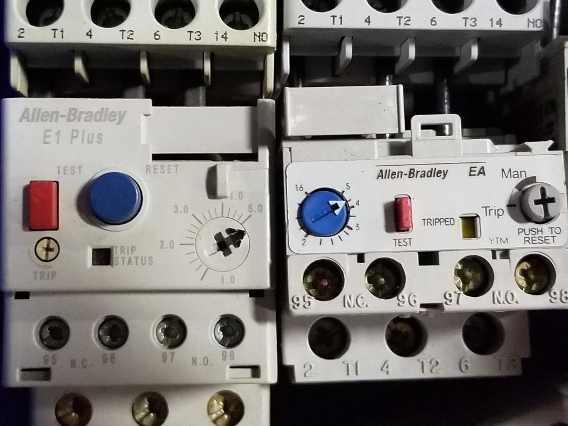 Assorted electrical contactors. Allen Bradley. - Image 9 of 11