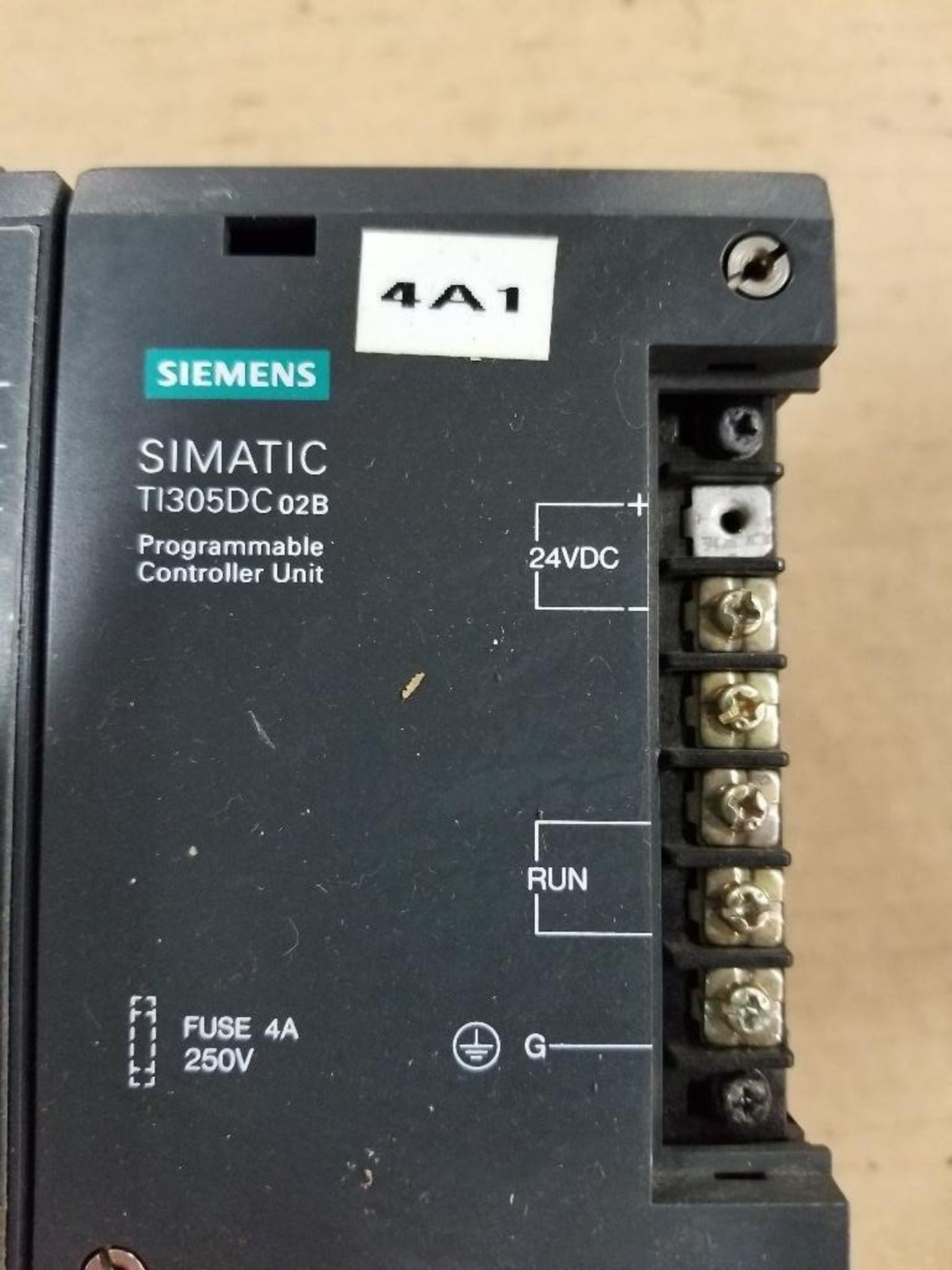 Siemens SIMATIC TI305DC02b Programmable Controller unit. DL330 CPU. - Image 2 of 6