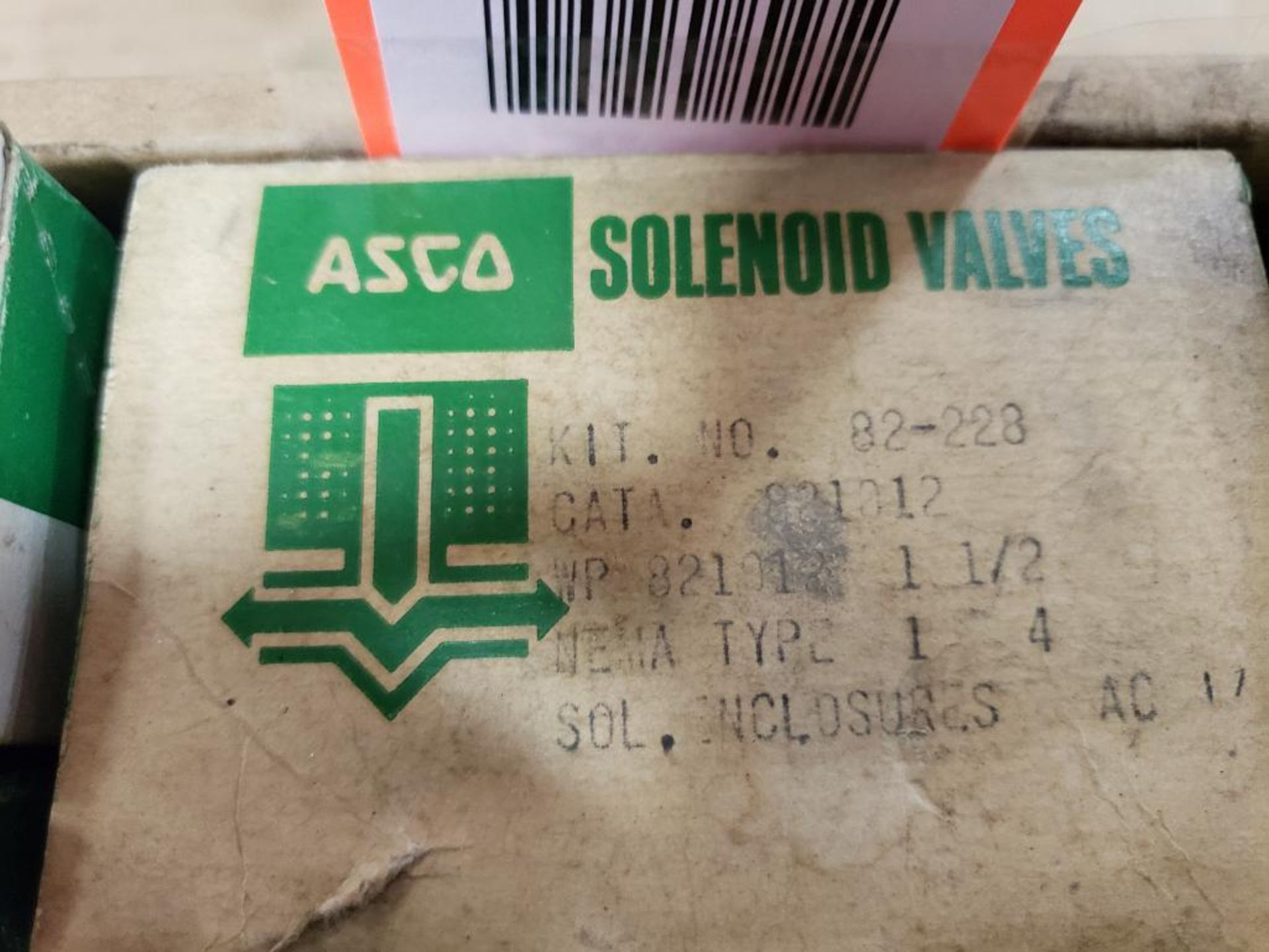 Assorted solenoid valves, and repair kits. Asco. - Image 5 of 15