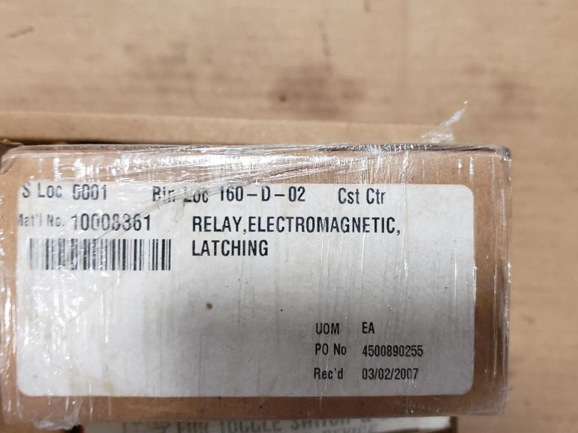 Assorted electrical. Allen Bradley, Eaton, Honeywell. - Image 6 of 12