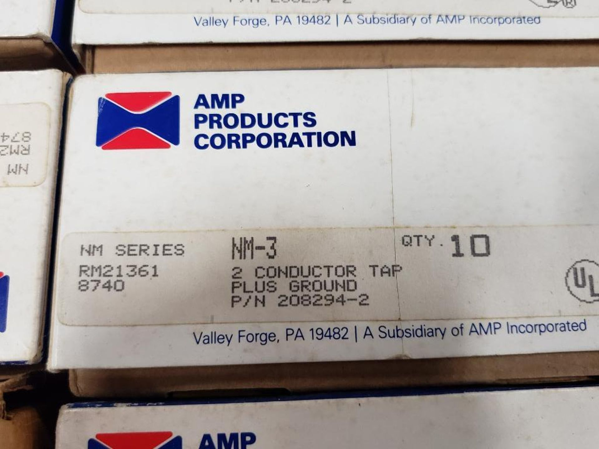 Assorted electrical breaker, conductor. AMP products, Eaton. - Image 4 of 8