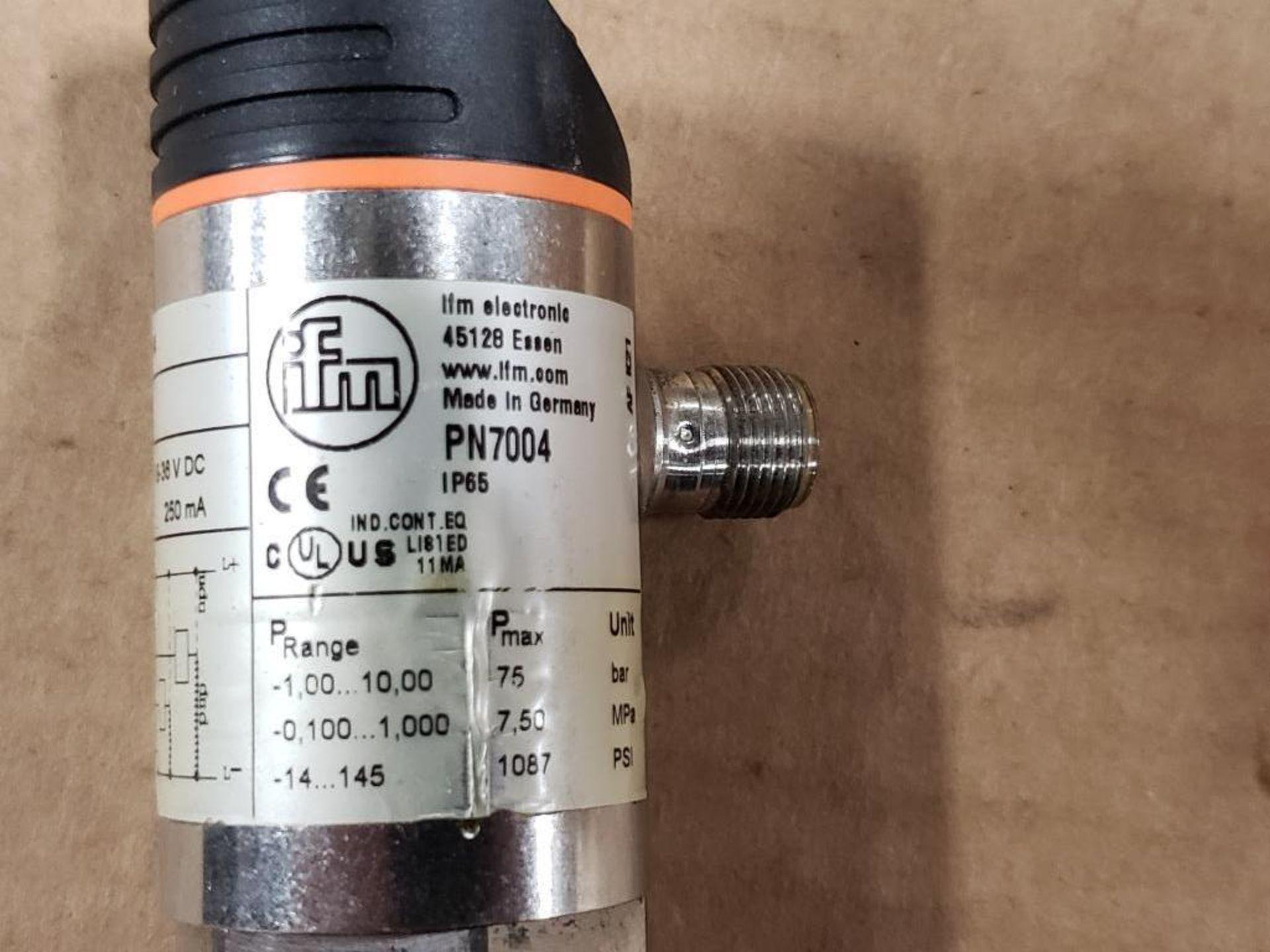 Qty 2 - IFM PN7004 Pressure switch sensor. - Image 5 of 6