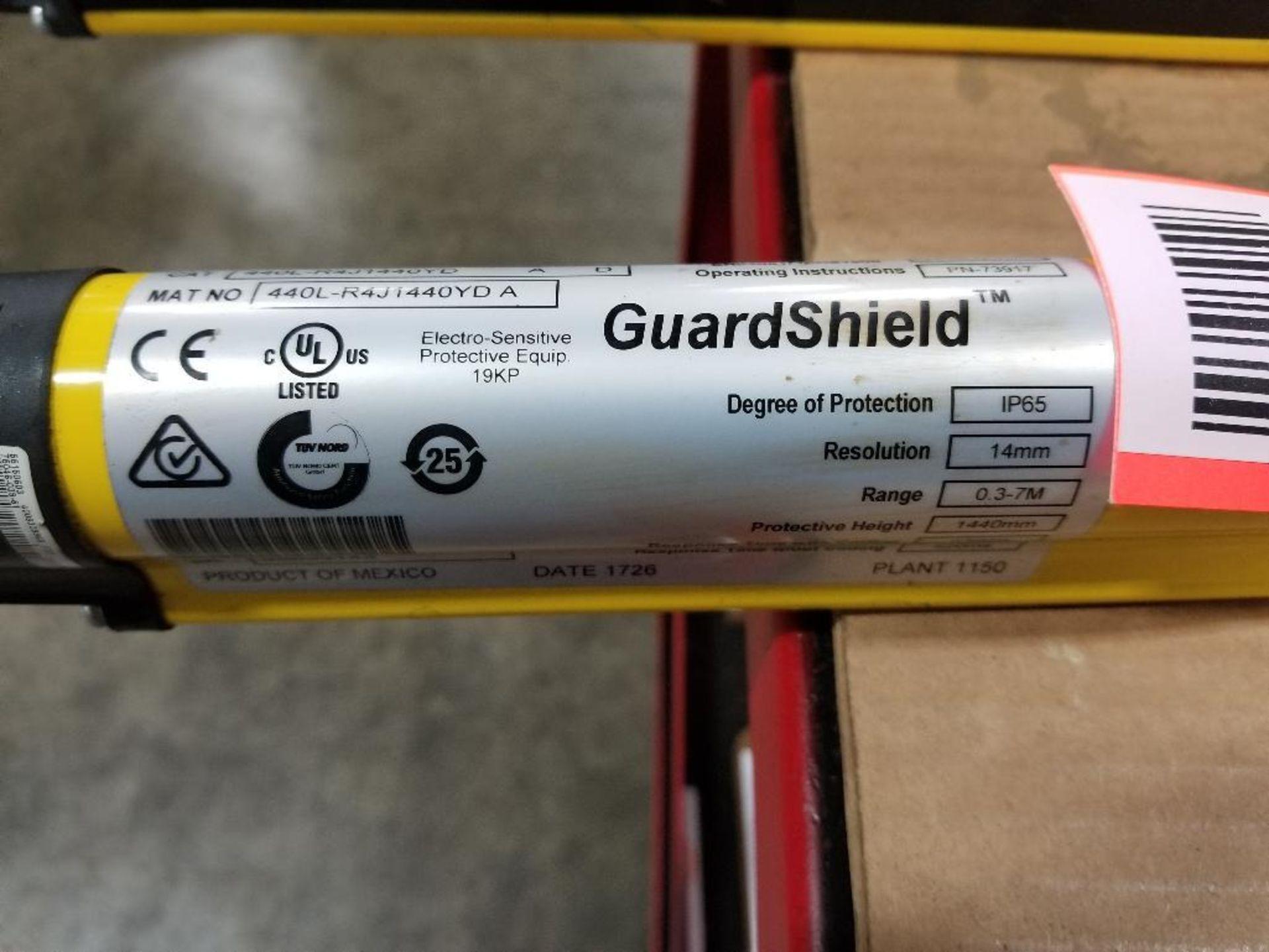 Allen Bradley Light curtain transmitter / receiver set. GuardMaster GuardShield T4J440YD 4K0AM1EF. - Image 23 of 23