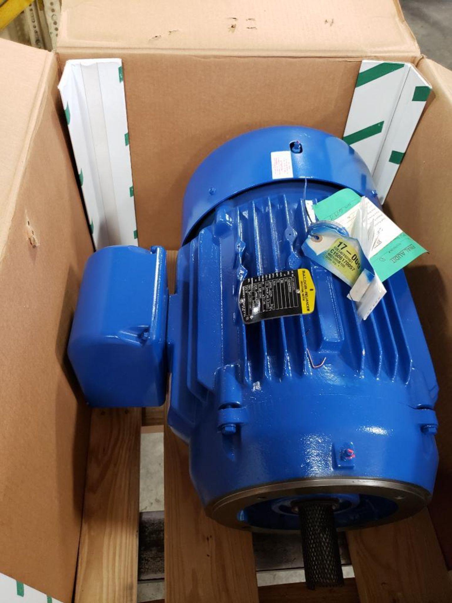 30HP Baldor Reliance 3PH motor. 2013006282. 380V, 3530RPM, 284TSC-Frame.