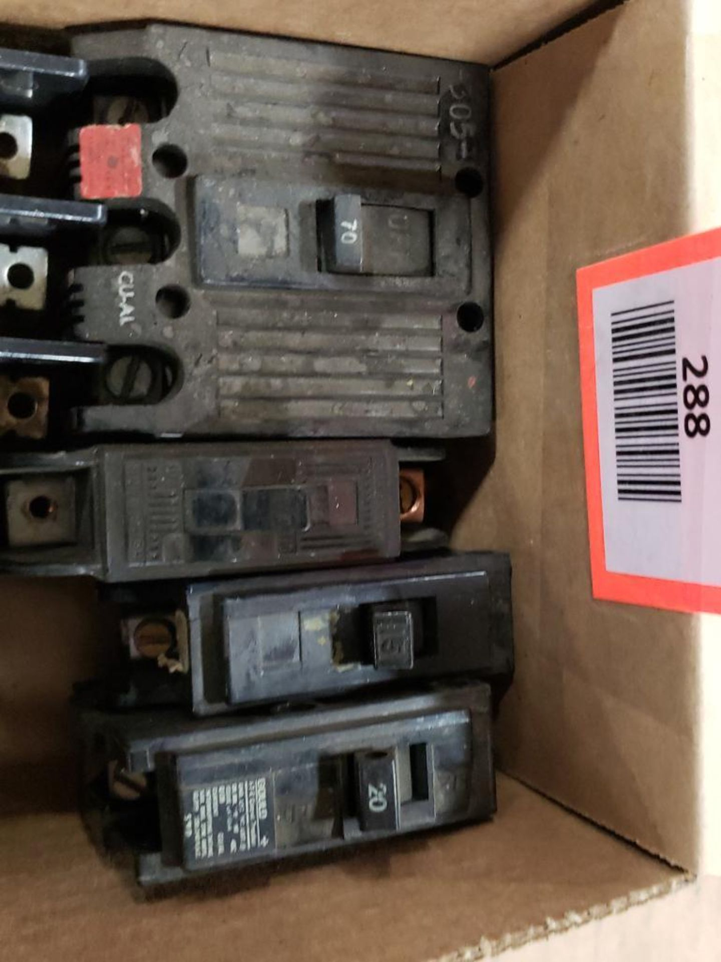 Assorted electrical circuit breakers. GE. - Image 2 of 4