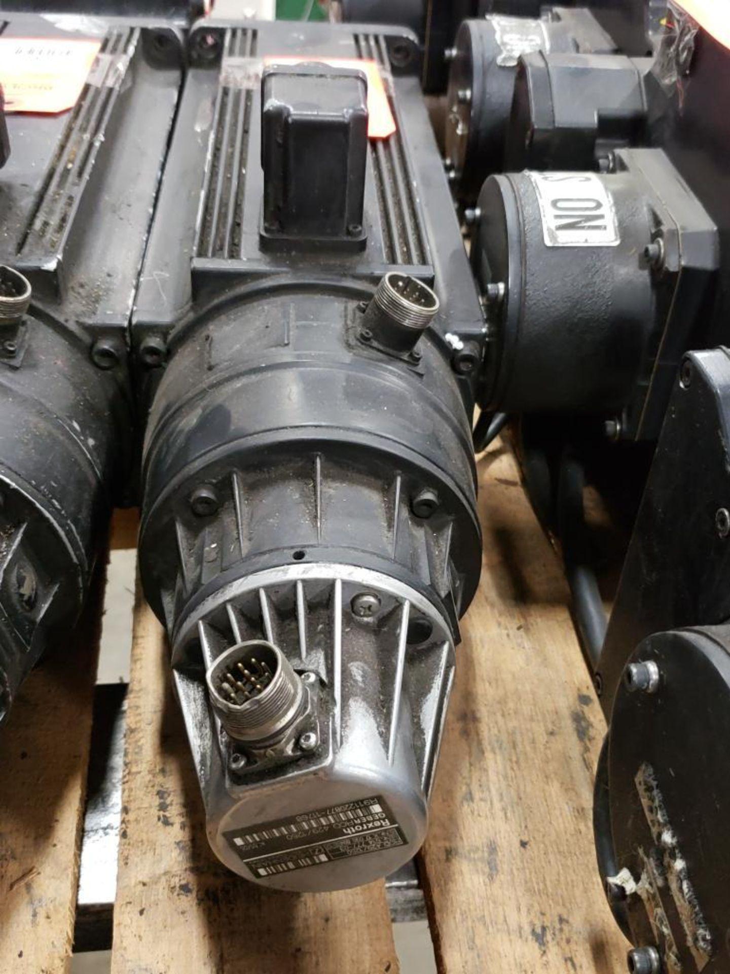 Rexroth GEBERROD 420/1250 Servo motor. Heidenhain 514.777-03 Encoder. - Image 3 of 4