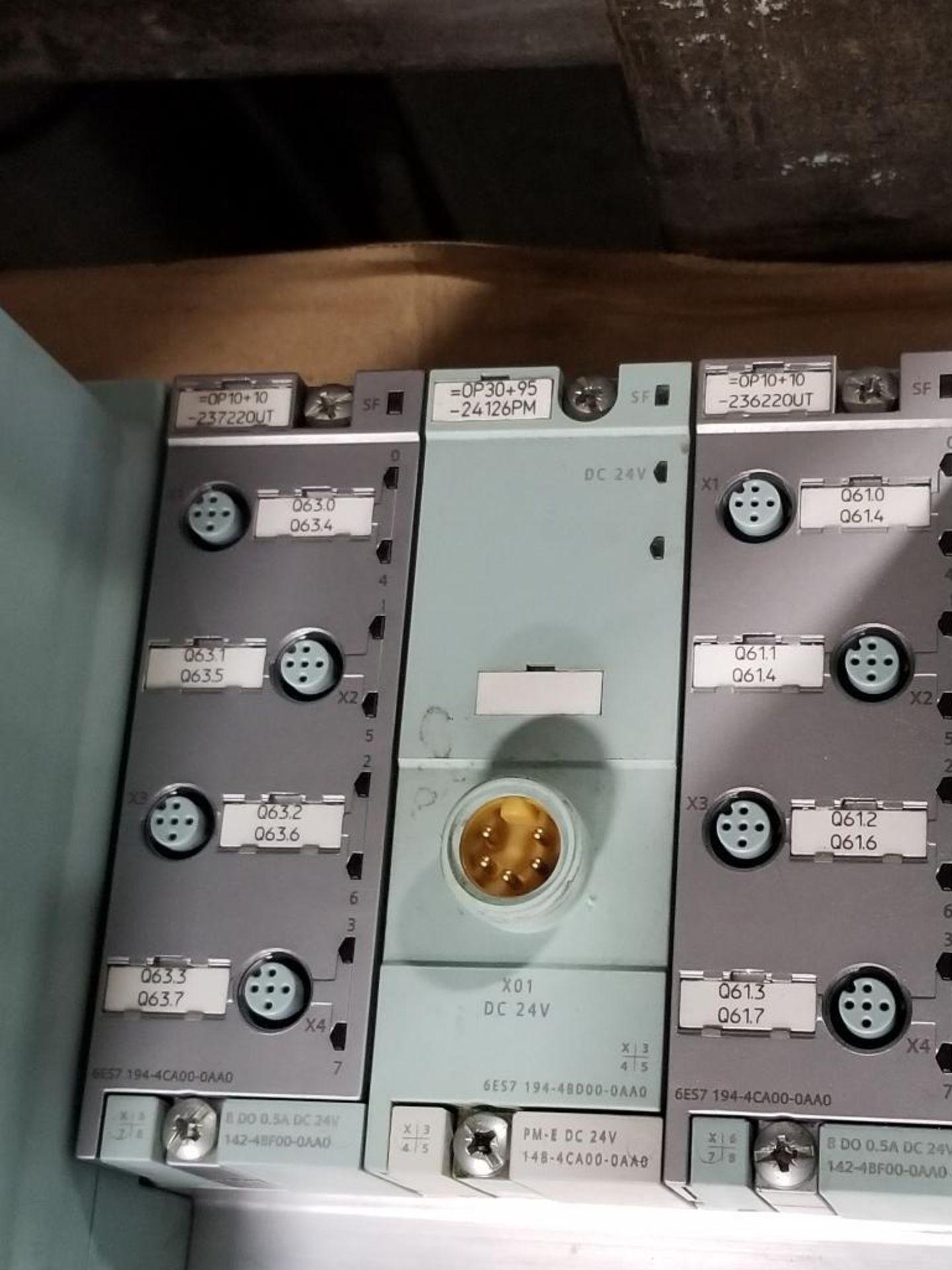 Siemens RSe-ST 3RK1304-5KS40-5AA3 Reversing starter and flow control line. - Image 3 of 6