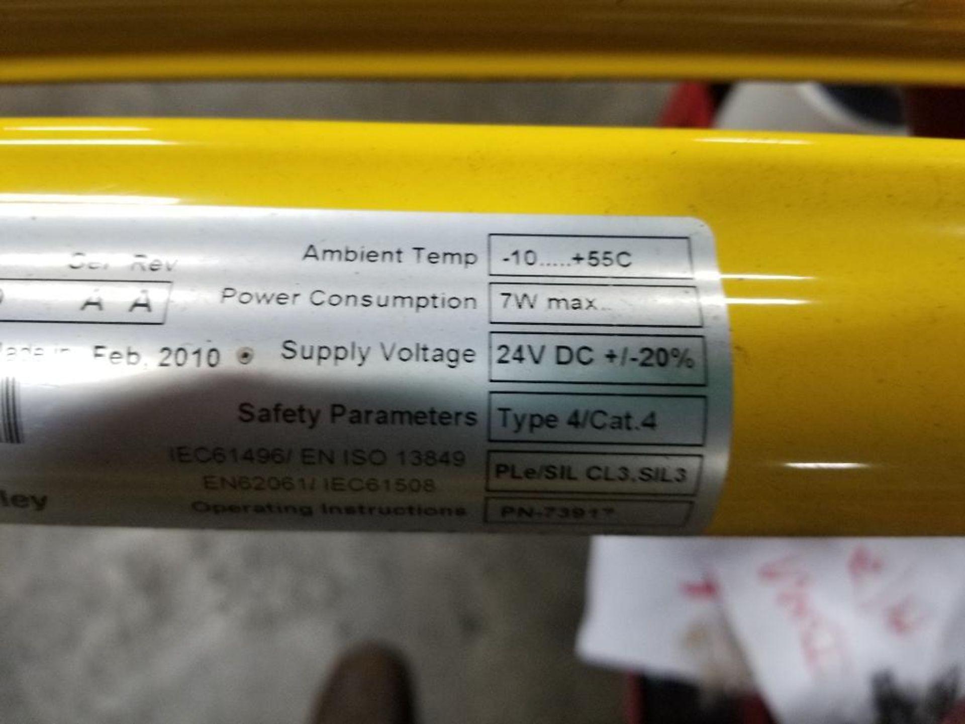 Allen Bradley Light curtain transmitter / receiver set. GuardMaster GuardShield T4J440YD 4K0AM1EF. - Image 8 of 23