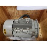 45kW Siemens 3PH motor. 1LA92092AA91-ZT56. 200V, 2965RPM.