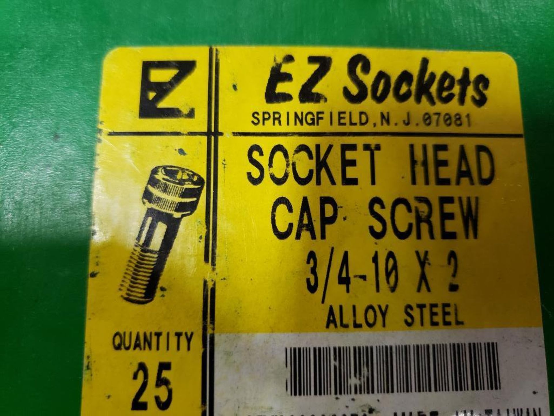 """Large Qty of assorted EZ Sockets socket head cap screw. 3/4"""", 3/8"""". New in Box. - Image 5 of 5"""