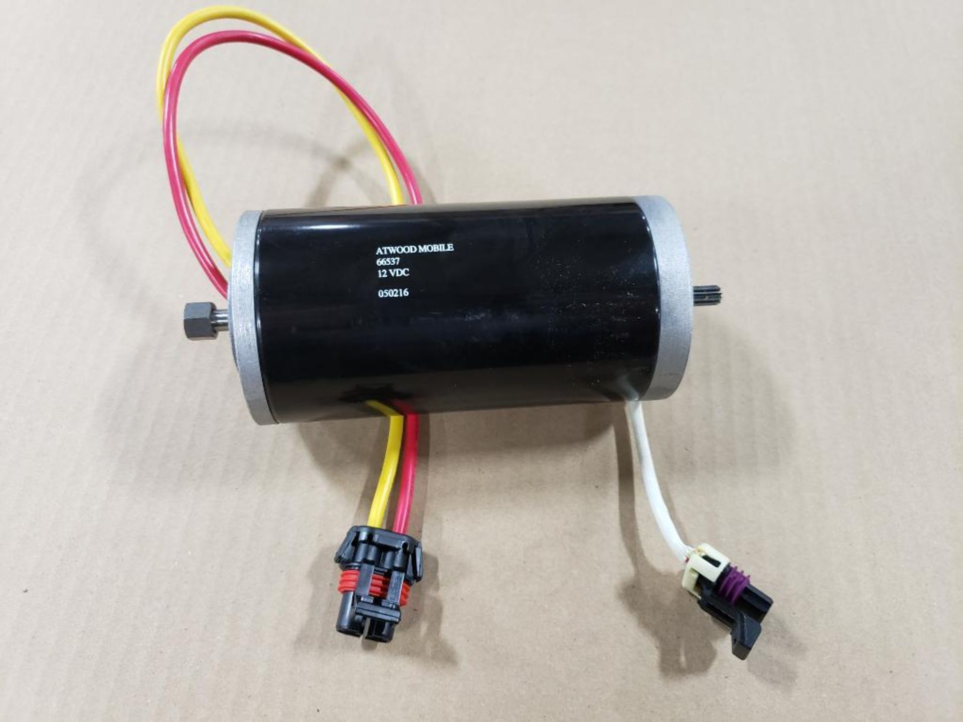 Qty 18 - Chiaphua components PM30R-60F-1004. Atwood Mobile 66537 12VDC Motors. New in box. - Image 3 of 5