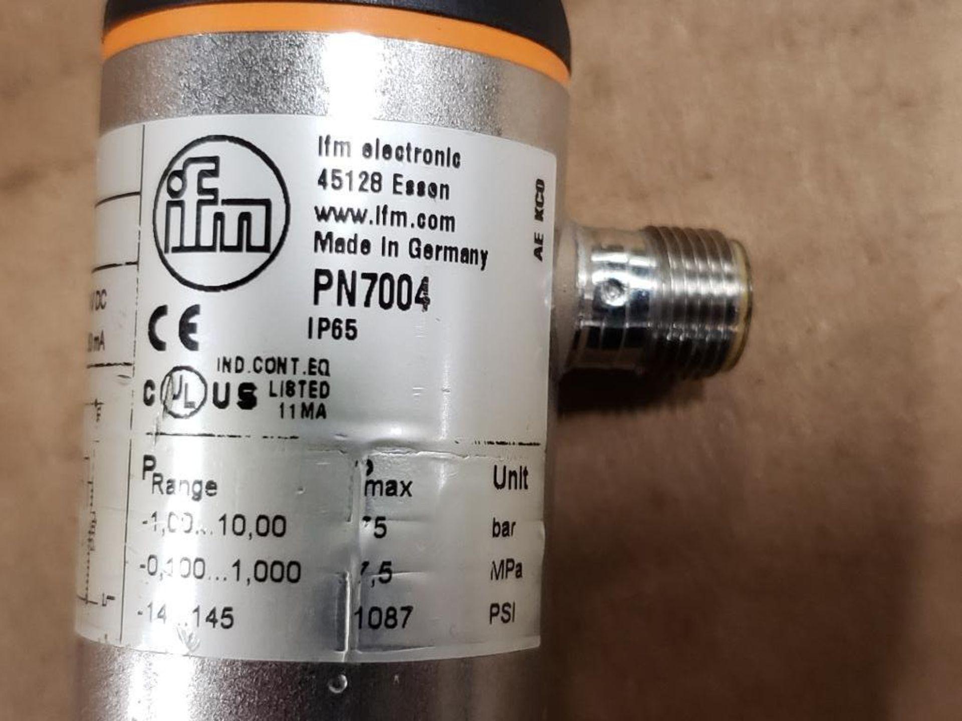 Qty 3 - IFM PN7004 Pressure switch sensor. - Image 2 of 3