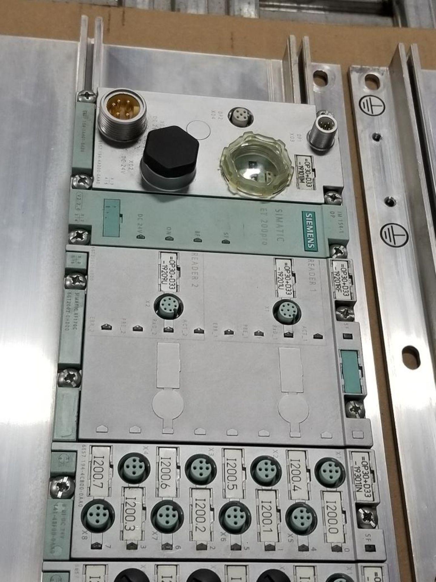 Siemens RSe-ST Reversing starter, DSe-ST Disconnect module flow control line. - Image 8 of 9