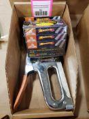 Arrow Fastener Model-T25P and staples.