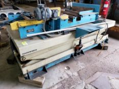 Southworth lift table with Power Pack conveyor COLF006. 106x68x46. LxWxH.