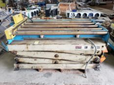 Southworth lift table with Power Pack conveyor CDLR644. 89x48x40. LxWxH.
