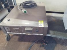 Thermodyne Food Service Products temperature controller. Sharpe carousel microwave.