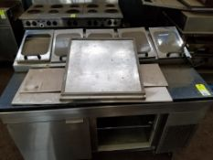 Cooling prep table. 69x33x46. LxWxH.