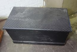 Painted Blanket Box, 47cm high, 100cm wide, 53cm deep, With a Pine Box, (2)