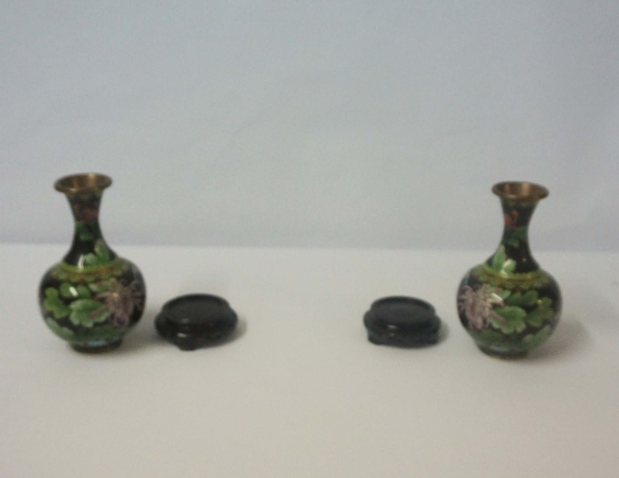 Pair of Chinese Cloisonne Vases on Copper (20th century) Of Baluster form, Decorated with floral - Image 4 of 4