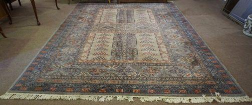 "Royal Keshan ""Hatchlou"" Machine Made Carpet, 370cm x 275cm"