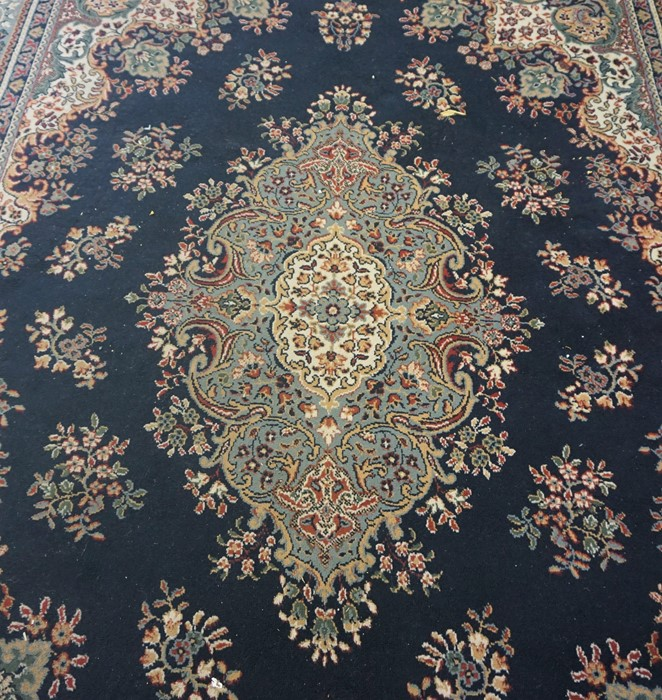 Indian style Machine Made Carpet, 333cm x 235cm - Image 2 of 3
